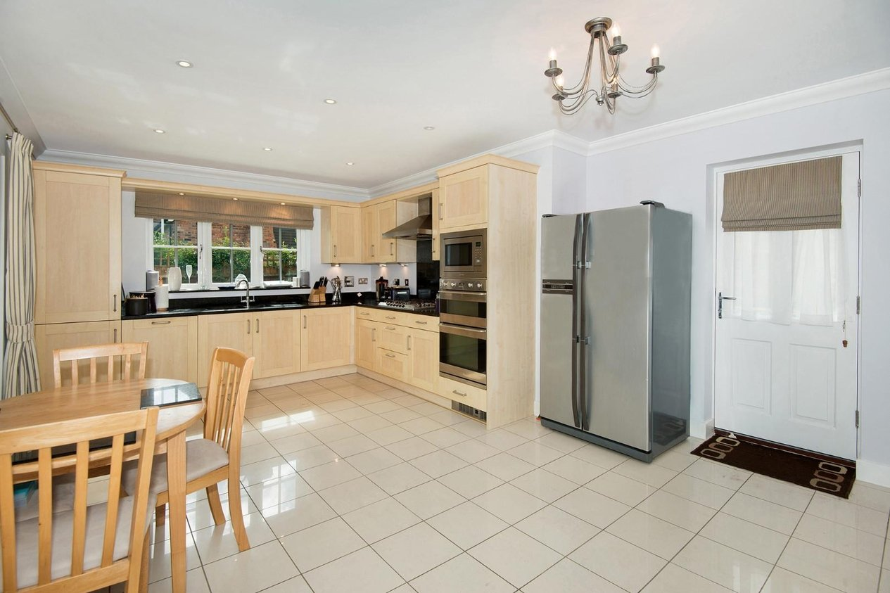 Properties For Sale in Chapman Fields Cliffsend