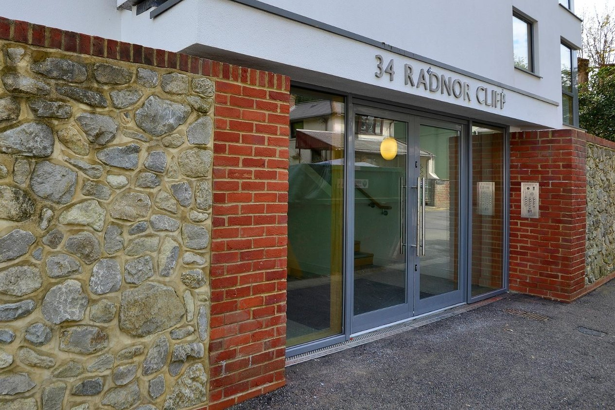 Properties For Sale in Radnor Cliff Sandgate