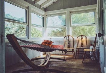 Relaxed_interior_stock